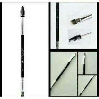 Anastacia Eyebrow brush