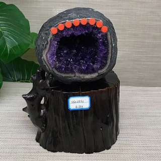 4.3Kg錢袋子紫晶洞