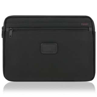 TUMI TULP-001-NBLK Alpha2 Medium Laptop Case Black *NEW*