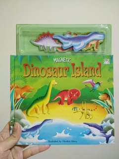 Preloved dinosaur magnet book