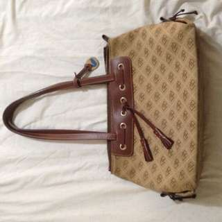 Dooney & Bourke bag