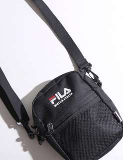 (instocks) FILA SHOULDER BAG