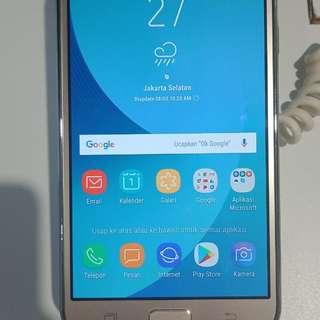 Samsung galaxy J7 core dijual kredit cepat