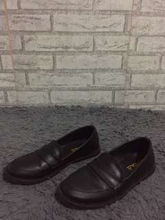 Emble Shoes