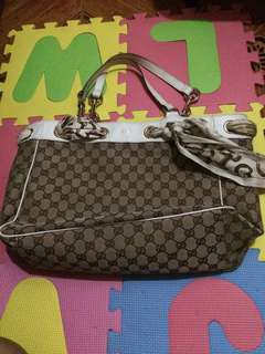 Authentic Gucci  shoulder bag with code