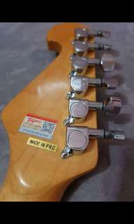 Tagima Stratocaster TG-530