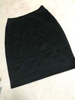 SM woman business pencil skirt