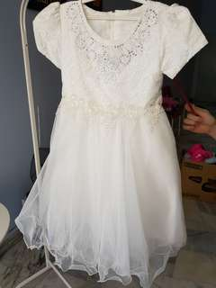 Flower girl white dress
