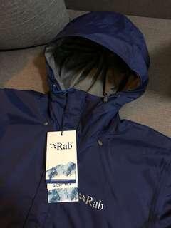 Rab Downpour Jacket 防水外套