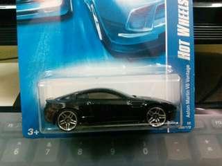 2008 Hotwheels Aston Martin V8 Vantage
