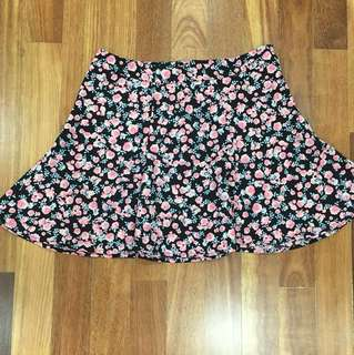 H&M Floral mini Skirt, Size EUR38