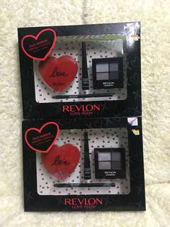 Love is On Duo Mirror Set
