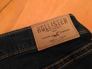 Hollister low-rise denim short