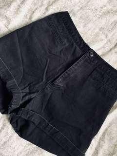JACOB Vintage High-waisted Shorts