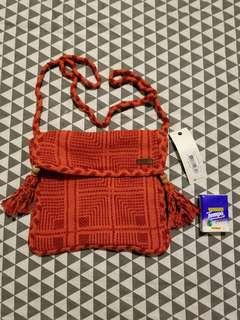 全新 Roxy 織花斜孭袋 手袋