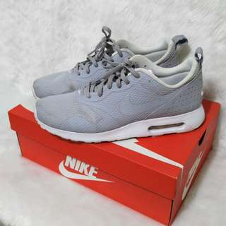 From 4.8K Nike Air Max Tavas Cool Grey Sneakers