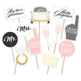 PO: photo booth wedding props