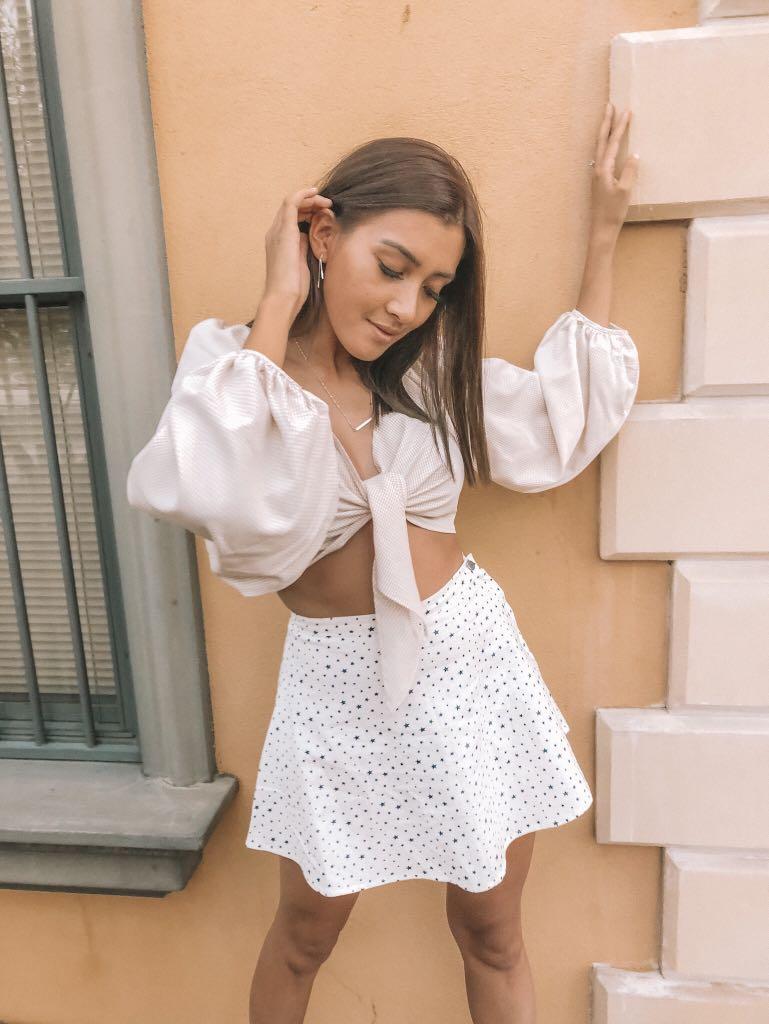 // vergegirl - NEW - starry white mini skirt
