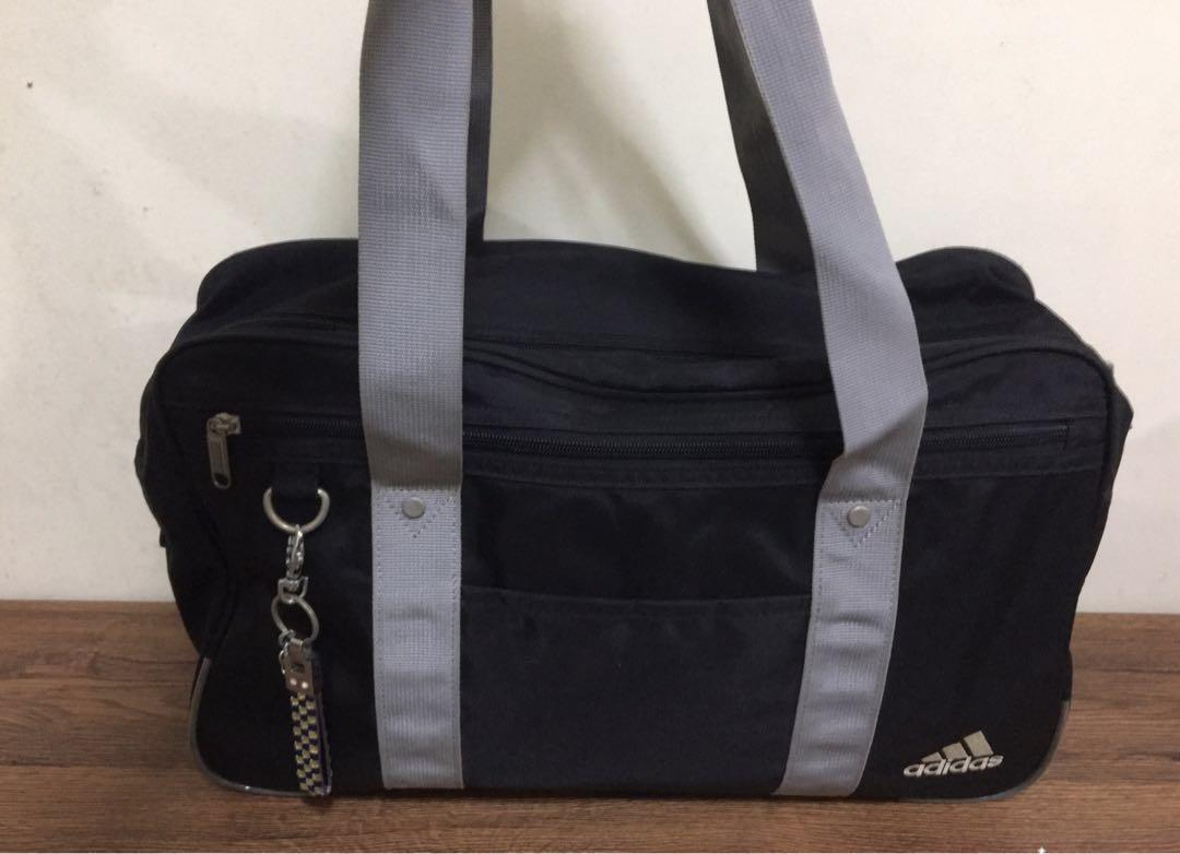 4043ab9f1584 Adidas shoulder bag from Japan