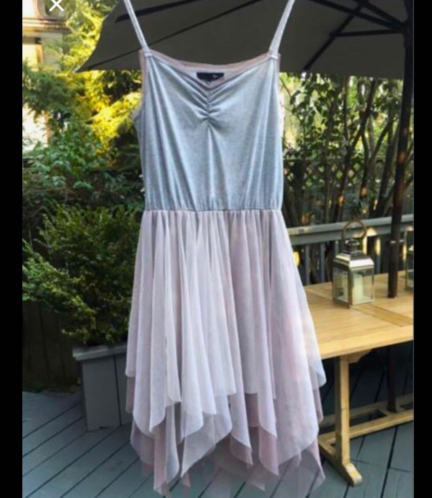 Beautiful grey/pale mauve dress with adjustable straps in size Medium