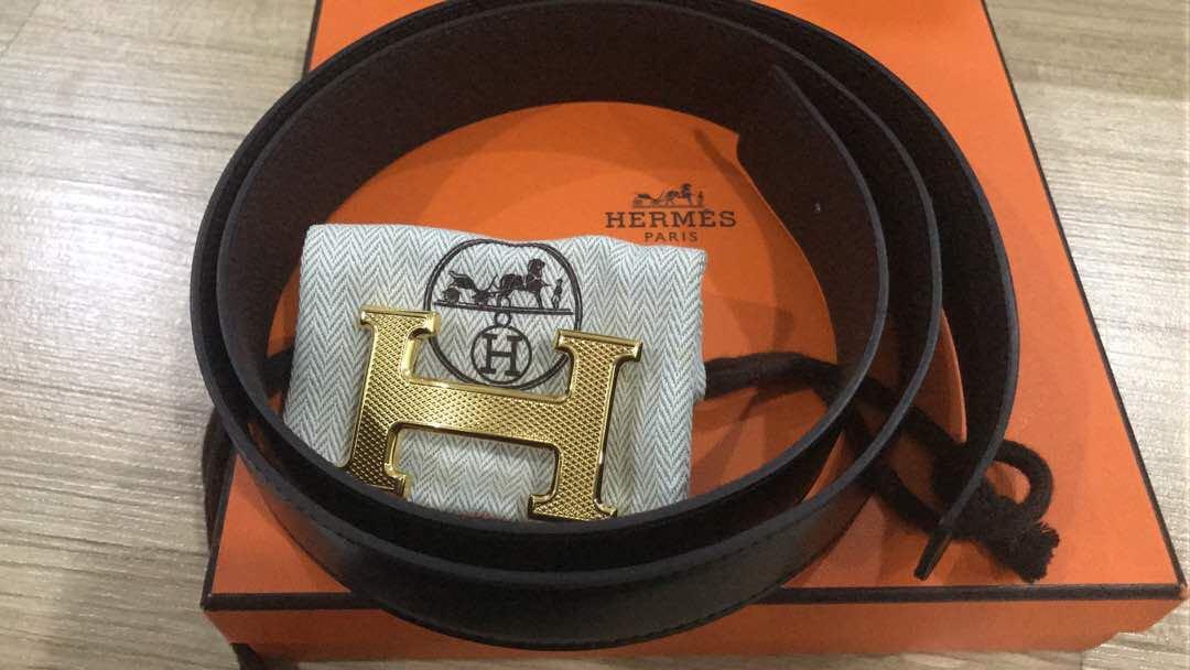 Hermes Belt - Authentic HERMES Guilloche 32mm H Belt Buckle Gold