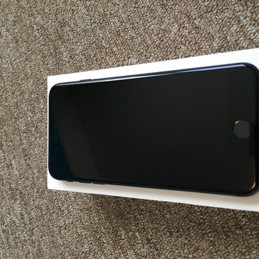 iPhone 8+ GSM Unlocked 256GB
