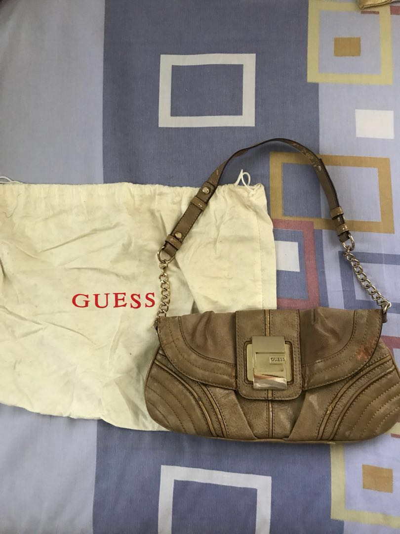 JUAL CLUTCH GUESS AUTHENTIC!!!