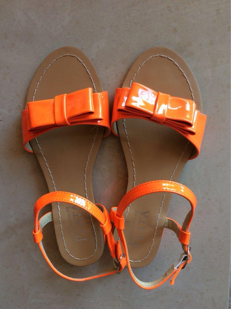 PLATA orange sandals