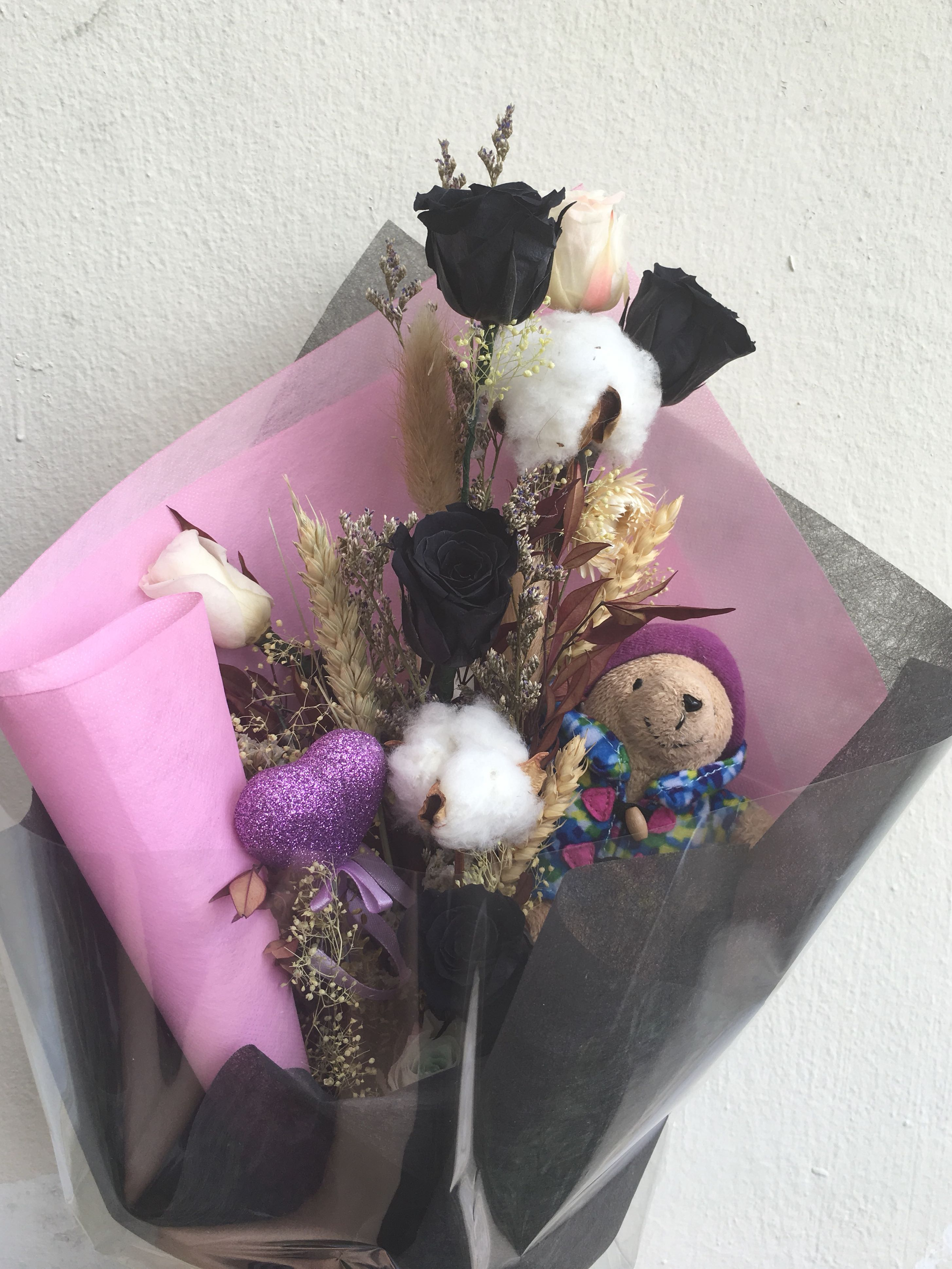 Preserved Flower Bouquet, Gardening on Carousell