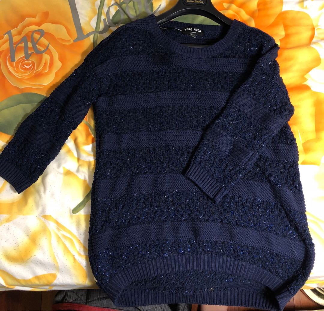 Sparkly 3/4 sleeve blue sweater