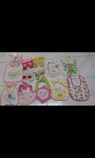 Assorted Lovely Baby Bibs and Cute Baby Socks (Brand : 2 × Carter's,  2 × Catasy, 1 × Hema and other miscellaneous