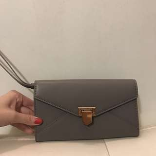 Charles and Keith wallet / clutch