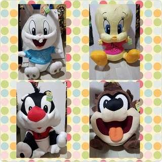 Looney Tunes stuffed toys