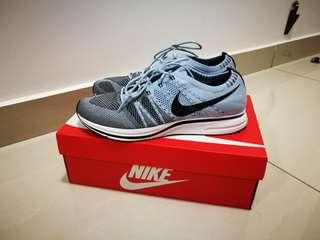US 10.5/ UK 9. 5 Nike Flyknit Trainer