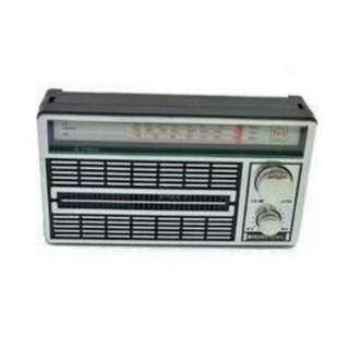 RADIO PORTABLE INTERNATIONAL JADUL 3 BAND FM-AM-SW AC/DC-4250 ANTIK