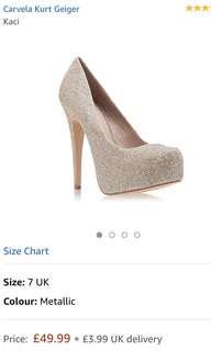 Heels glitter with platform