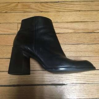 90's chunky heel Nine West booties