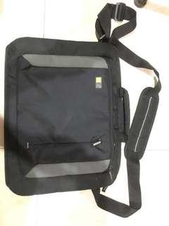 Case Logic(laptop bag/15inch)