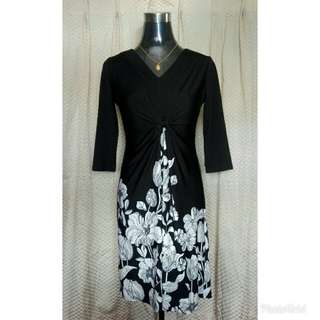 Long sleeves with Flower Design Dress