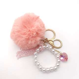 Furball keychain/bag hanger with Swarovski heart crystal, pearls and lace