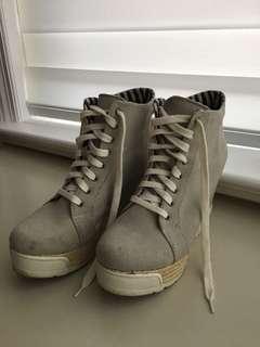 ALDO Sneaker Heels - Size 11
