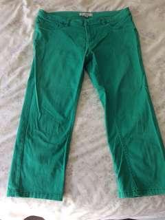 Ladies green crop pants size 12-14