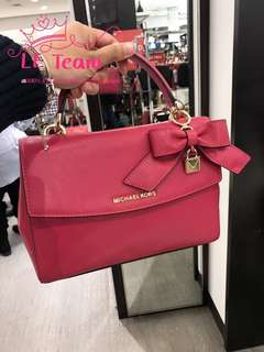 (Pre-order)US Michael Kors Boutique Type Satchel,Est.indent 4-6 Weeks Can Collect It Upon Confirmation Order,Direct Courier From US. BEST PRICE OFFER (NON NEGOTIABLE)