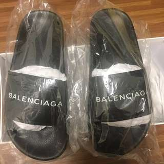 Authentic Balenciaga Slippers Size 38