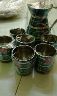 colouful jug set wth 6pcs thumbler