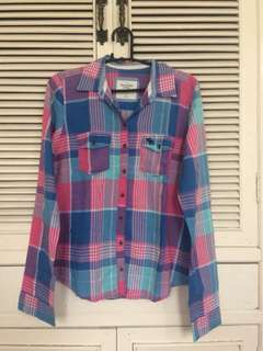 Abercrombie & Fitch plaid long sleeves