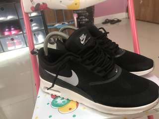 Nike Air Max 'Thea' black