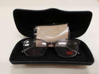 Authentic (New) Levi's eyeglasses/frame