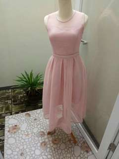 Preloved - Luxurious Midi Dress