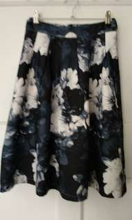 Black grey printed skirt